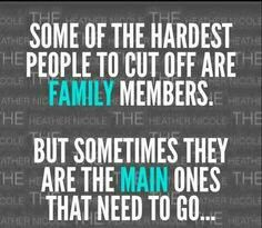 Being hurt by family quotes Images New Quotes, Great Quotes, Quotes To Live By, Funny Quotes, Inspirational Quotes, Fake Family Quotes, Quotes On Family Betrayal, Dysfunctional Family Quotes, Quotes Images