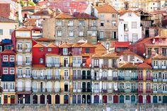 Wat ga je doen in Porto? Naar de oudste wijk Ribeira natuurlijk! lees hier 9 tips voor tijdens een stedentrip naar #Porto! #portugal #stedentrip
