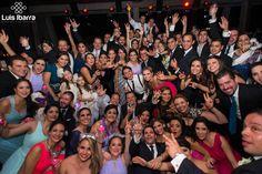 Gracias por ser testigos del comienzo de nuestra historia. #bodas #wedding #photography #fotografia