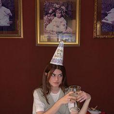 Aesthetic Photo, Aesthetic Girl, Aesthetic Pictures, Birthday Girl Pictures, Birthday Photos, Le Rosey, Chica Dark, Bday Girl, Its My Bday