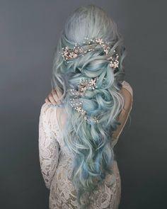 2,889 отметок «Нравится», 26 комментариев — Anya Anti (@anya_anti) в Instagram: «Dream hair by @mustafaavci, hair color @igor_kuziv_ny, @umodesalon and @lunartideshair, extensions…»