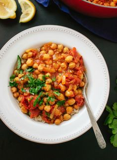 Hearty, spicy tomato and chickpea chana masala. #vegan cookieandkate.com