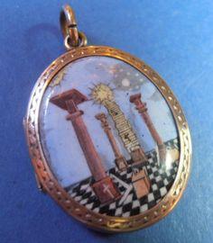FINE RARE EDWARDIAN ROLLED GOLD LOCKET WITH ENAMEL MASONIC FRONT