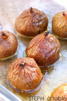 Figues pochées au Monbazillac, cœur de foie gras