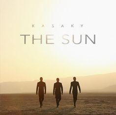 """O sol apocalíptico de """"The Sun"""", novo clipe do Kazaky"""