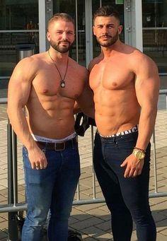 Pair O'Behrs #MuscleHunks