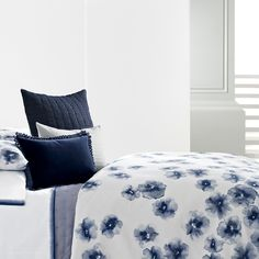The Gossamer Floral bedding collection by Vera Wang is a fresh and wonderful way of updating a bedroom with style. The collection features a beautiful flower motif in crisp and cool shades. It will evoke a classic yet modern feminine look. Home Bedroom, Bedroom Decor, Master Bedroom, Bedrooms, Floral Bedding, Buy Bed, Blue Home Decor, Beds For Sale, Bed Styling