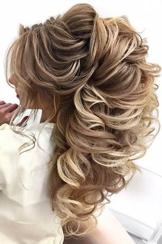 Stunning Summer Wedding Hairstyles ❤ See more: http://www.weddingforward.com/summer-wedding-hairstyles/ #weddingforward #bride #bridal #wedding