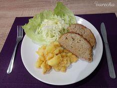 Fašírka pečená v celku (fotorecept) - recept | Varecha.sk Baked Potato, Potatoes, Baking, Ethnic Recipes, Food, Meat, Easy Meals, Potato, Bakken