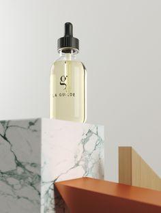 Dépositaire d'un SAVOIR-FAIRE hérité de la tradition d'excellence du parfum de Grasse, La Guilde a imaginé un procédé de diffusion unique et totalement innovant afin de vous offrir des prestations de grande qualité et de nouvelles perspectives en matière de mise en scène olfactive. Marketing Olfactif, Diffusion, Totalement, Afin, Perfume Bottles, Unique, The Guild, Staging, Perfume Bottle