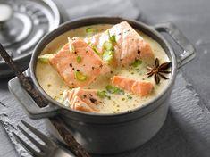 Avec les lectrices reporter de Femme Actuelle, découvrez les recettes de cuisine des internautes : Blanquette de saumon vanille anis étoilée
