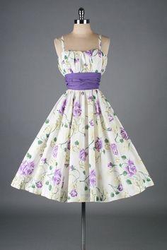 vintage floral #Vintage Styles| http://vintagestylesfiona.blogspot.com