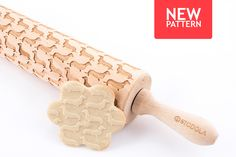 Dachshund - Embossed, engraved rolling pin for cookies by HousemateArtist on Etsy https://www.etsy.com/listing/240933070/dachshund-embossed-engraved-rolling-pin