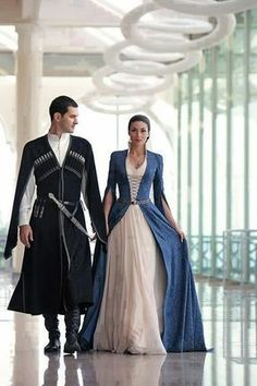 Need to make a cloat/tunic like that for Jon