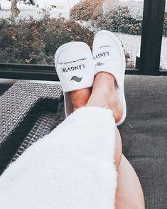 @elliliinaMut yllätettiin eilen ❤️ Tekipä hyvää. Suosittelen kaikille!#takeiteasy #yllätys #relax #långvik Långvik Congress Wellness Hotel Instagramissa • Kuvat ja videot Vans Classic Slip On, Slippers, Sandals, Sneakers, Shoes, Instagram, Fashion, Tennis, Moda