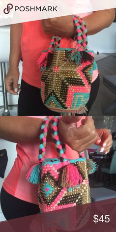 WAYUU MINI CHILA HAND MADE BAGS Wayuu hand made bags with colorful material and  cristal Swarovski. Wayyu Bags Mini Bags