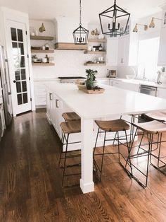 Kitchen With Long Island, All White Kitchen, New Kitchen, Island Kitchen, Floating Kitchen Island, Kitchen With Window, Kitchen Stove, Kitchen Modern, White Kichen