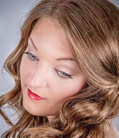 Using a coral red looks amazing and Highly Fashionable.. My makeup