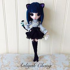 Amigurumi cat girl doll by Aaliyah Chang. Crochet Amigurumi, Crochet Doll Pattern, Amigurumi Patterns, Amigurumi Doll, Doll Patterns, Crochet Patterns, Knitted Dolls, Crochet Dolls, Anime Dolls