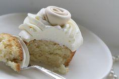 """Passion 4 baking """"Vanilla Satin Roses Cupcakes"""