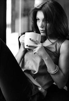 fa78013082952e865aa5f43c83539f9c--sexy-coffee-coffee-girl.jpg 493×724 pixels