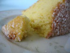 Orange and lemon cake / Bolo de laranja e limão siciliano by Patricia Scarpin, via Flickr