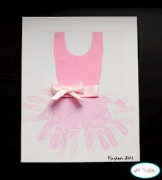 Hand print tutu & 58 more hand and footprint art projects. Kids Crafts, Craft Activities For Kids, Cute Crafts, Crafts To Do, Projects For Kids, Art Projects, Dance Crafts, Ballet Crafts, Kids Diy
