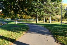 #Oshkosh, WI has a number of parks suitable for a relaxing #hike. http://www.ci.oshkosh.wi.us/Parks/