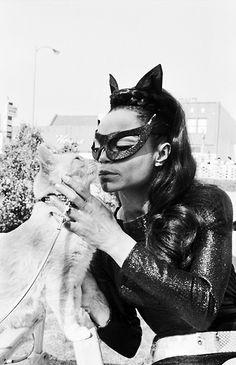 "vintagegal: "" Eartha Kitt as Catwoman on the Batman TV series "" Eartha Kitt Catwoman, Black Is Beautiful, Beautiful People, Beautiful Cats, Robin, Nananana Batman, Vintage Black Glamour, Vintage Beauty, Vintage Style"