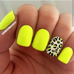 25 Amazing Yellow Nail Art Designs to Go with This Summer - fashionist now Neon Yellow Nails, Yellow Nails Design, Yellow Nail Art, Neon Nails, My Nails, Bright Nails Neon, Colorful Nail Art, Trendy Nails, Cute Nails