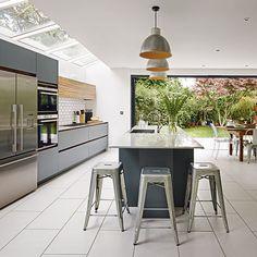 Modern grey and white kitchen | Kitchen | PHOTO GALLERY | Beautiful Kitchens | Housetohome.co.uk