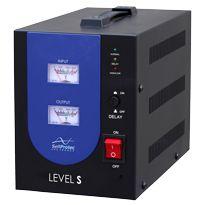 SelfProtec Level 1200S - Régulateurs Automatiques de Voltage - La gamme Level S utilise la technologie Relay (Buck + Boost) pour relever la tension lorsqu'elle est trop basse et la réduire lorsqu'elle est trop haute. Son système de double affichage permet à l'utilisateur de suivre en temps réel les variations de tension en entrée et la régulation en sortie.