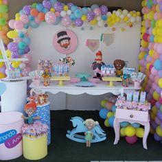 Festa Mundo Bita: 50 ideais criativas para adicionar à decoração Beach Interior Design, Party Props, Baby Party, Birthday Decorations, Party Time, Diy Home Decor, Birthday Parties, Cake, Inspiration