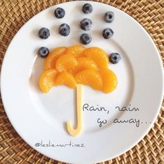 Fun & Healthy Snack • Mandarines | Blueberries | American Cheese | by @Leslie Martinez