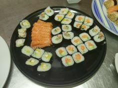 Hoy, lecciones de cocina japonesa impartidas por una cocinera japonesa.