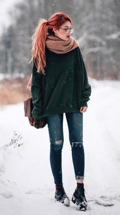 Check out these awesome 34 fashion looks for this season. Get cozy in style! Check out these awesome 34 fashion looks for this season. Get cozy in style! Grunge Winter Outfits, Winter Outfits For Teen Girls, Winter Grunge, Winter Mode Outfits, Winter Outfits Women, Winter Fashion Outfits, Winter Hipster, Outfit Winter, Hipster Fall Outfits