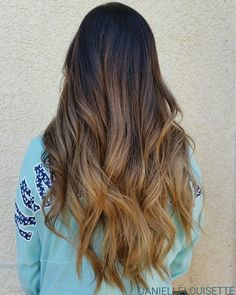 Caramel Sunkissed Balayage @daniellelouisette Spring Hairstyles, Down Hairstyles, Cute Hairstyles, Caramel Balayage, Natural Hair Styles, Long Hair Styles, Let Your Hair Down, Gorgeous Hair, Hair Lengths