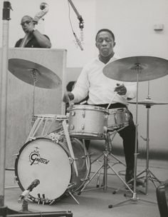 One of my favorite drummers, the legendary Art Blakey. Unique, innovative drummer, and an important bandleader and mentor to young jazz musicians. His Jazz Messengers band served as a long-running platform for musicians to perform and grow. Art was a true Jazz Giant. #music #artblakey #jazz #drummer #legend