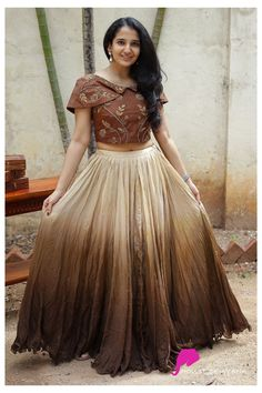 Dress Neck Designs, Designs For Dresses, Blouse Designs, Indian Gowns Dresses, Indian Fashion Dresses, Long Gown Dress, Long Gowns, Long Frock, Long Gown Design