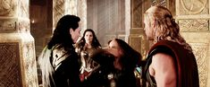 If I was Jane, my reaction to Loki would be very different (if you know what I mean!)  (gif)