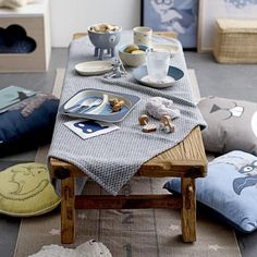 Bloomingville Embroidered Animal Cushion - Beaumonde