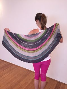 Moon pie by sknitsb! http://www.ravelry.com/patterns/library/moon-pie