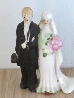 Pretty Vintage Wedding Cake Topper Bride And Groom Ceramic 1950 S Bakery Supplies