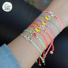No photo description available. Hama Beads Patterns, Jewelry Patterns, Bracelet Patterns, Bracelet Designs, Beading Patterns, Bead Jewellery, Beaded Jewelry, Handmade Jewelry, Bracelet Crafts