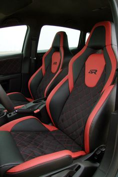 JE Design SEAT Leon (2010) Cupra R Interior