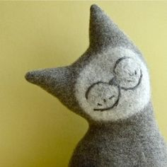 sweet felted cat