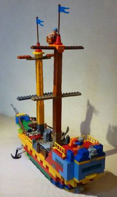Duplo Pirate Ships: A LEGO® creation by Vinny Turbo : MOCpages.com