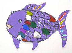 smART Class: Rainbow Fish Lesson and Tricking Kids into Sharing! Angora Bunny, Rainbow Fish Crafts, Preschool Art, Preschool Projects, Kindergarten Art, Kid Crafts, Smart Class, Copper Paint, Texture Painting