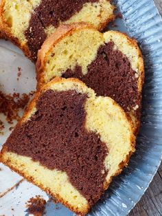 marmorkake Norwegian Food, Norwegian Recipes, European Cuisine, Marble Cake, Cakes And More, Let Them Eat Cake, Cornbread, Baked Goods, Cupcake Cakes