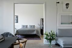 Grey in an interior, the easiest way to match everything together - Guestroom r Malm, Gray Interior, Interior Design, Home Bedroom, Bedroom Decor, Small Bedroom Designs, Contemporary Home Decor, Beautiful Bedrooms, Home And Living
